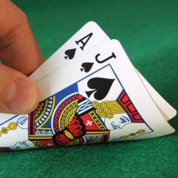Agen Judi Poker Online Terpercaya Dengan Pulsa & Dana